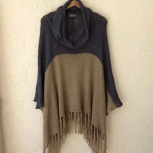 Wooden Ships sweater poncho S/M gray tan fringe